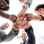 スペイン語の動詞 unir「結合させる、結び付ける」の活用と意味【例文あり】