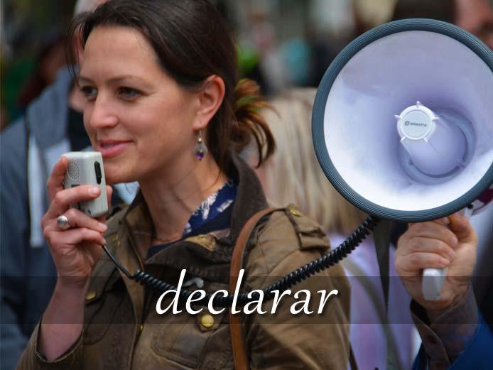 スペイン語の動詞 declarar「宣言する」の活用と意味【例文あり】