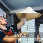 スペイン語の動詞 girar「回る、曲がる」の活用と意味【例文あり】