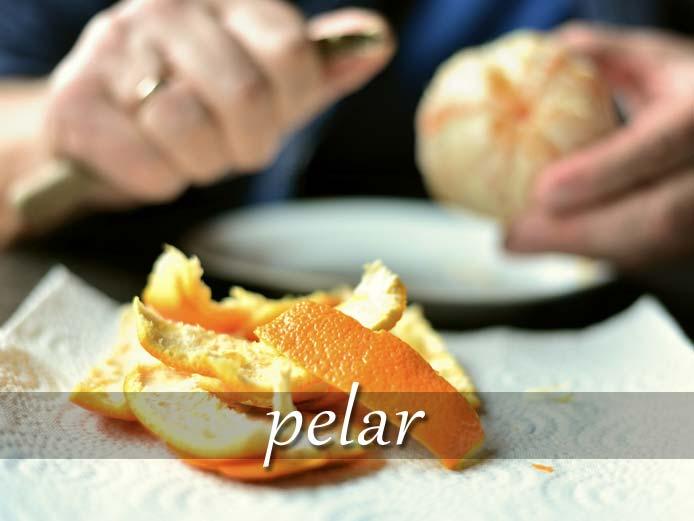 スペイン語の動詞 pelar「皮をむく」の活用と意味【例文あり】